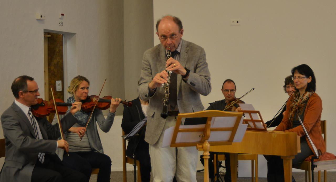 Der passionierte Oboist freut sich sehr, dass etliche verschollene Oboenkonzerte von Bach in den letzten Jahrzehnten rekonstruiert werden konnten.