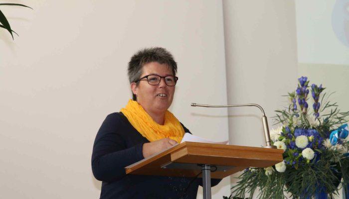 Susanne Furrer begrüsst