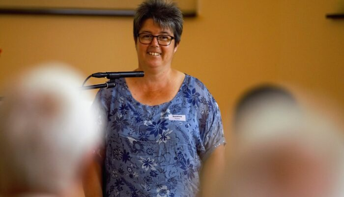 Susanne Furrer begrüsse zum Begegnungstag