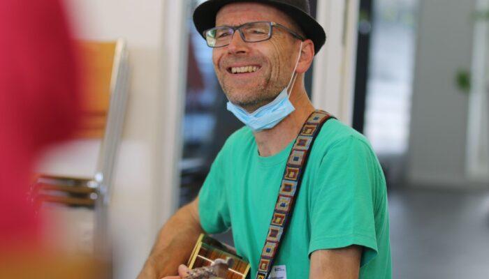 Christoph Fankhauser an der Gitarre